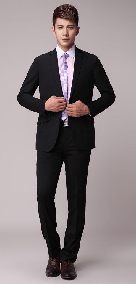 商务男士西装礼仪 如何选择西装